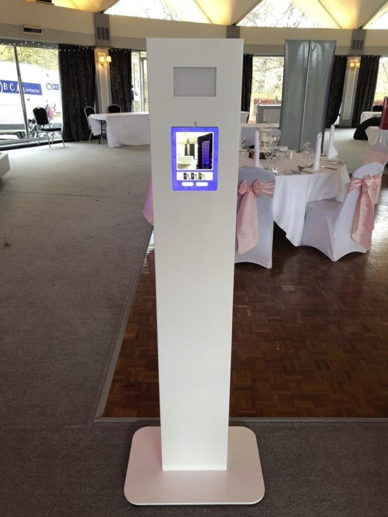 Photo Booth Hire | Photo pod.