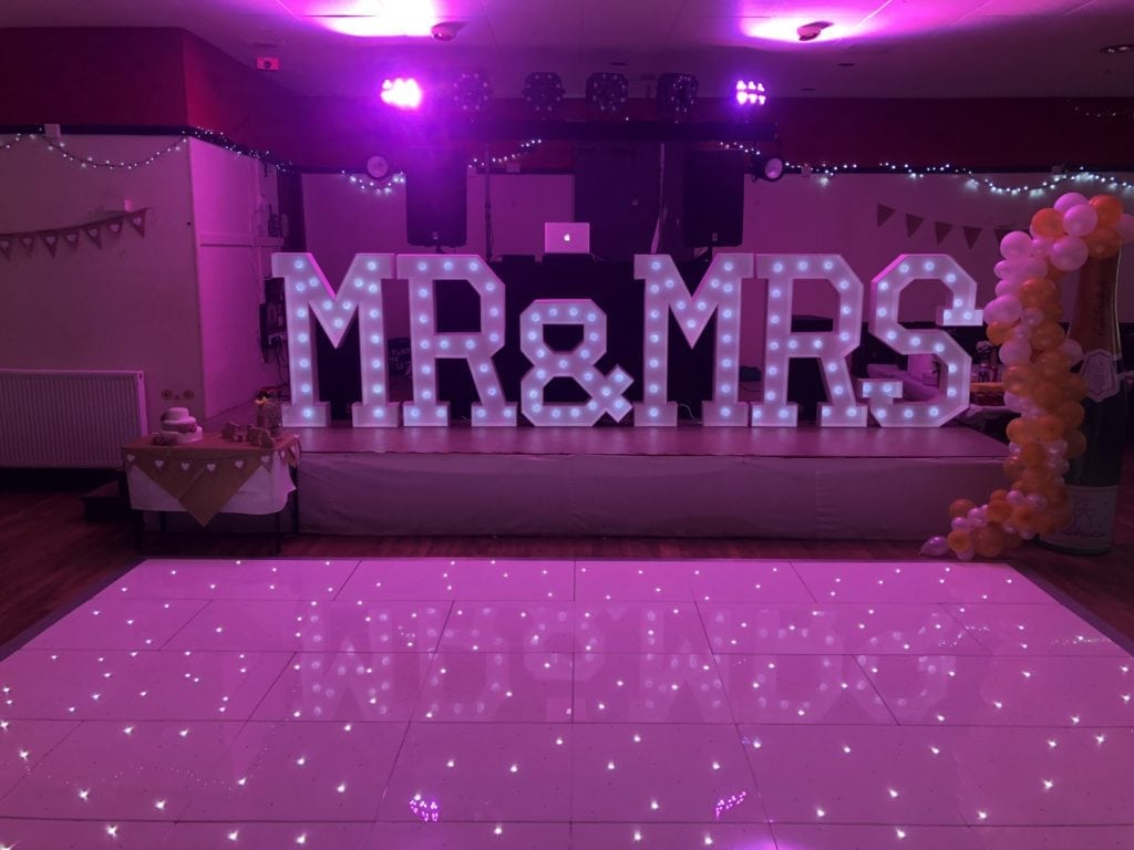 4ft tall Mr & Mrs letters and LED dance floor at Crossgates British Legion Club Fife.